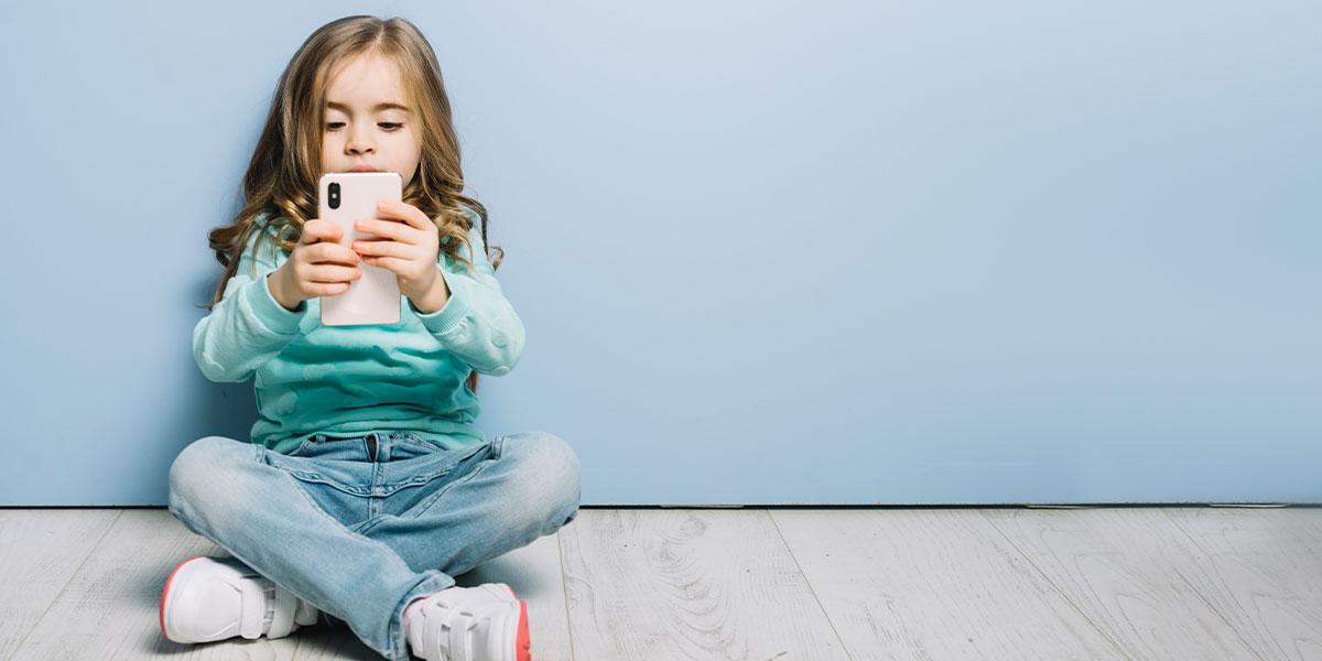mobile-phones-safe-for-children